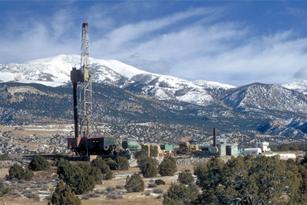 <b>Colorado Fracking:</b> In advance of a state meeting on proposed fracking regulations, Earthjustice supporters flooded the office of Governor Hickenlooper with calls promoting chemical disclosure. As a result, Colorado now contains some of the strongest language about fracking trade secrets. <i>Photo by BLM/Price Field Office.</i>