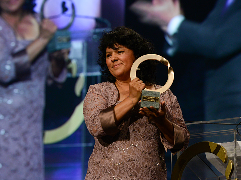 Cáceres receiving the Goldman Environmental Prize in San Francisco, Calif., in 2015.