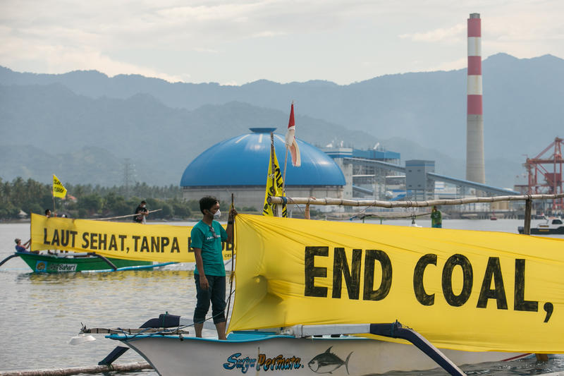 Local fishermen and Greenpeace activists protest the development of a new coal power plant in Celukan Bawang.
