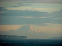 Haze obscuring Mt. Rainier. Credit: http://www.flickr.com/photos/edgeplot/300218526, http://www.flickr.com/photos/edgeplot / CC BY-NC-SA 2.0
