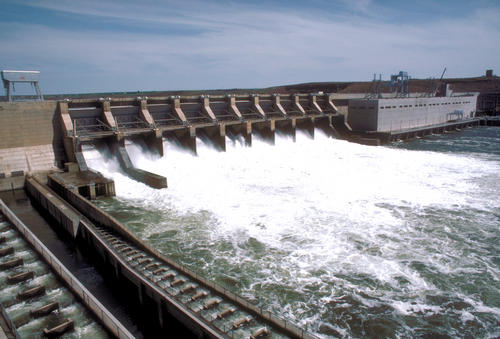 Ice Harbor Dam, on the lower Snake River. (National Renewable Energy Laboratory, Photographic Information Exchange.)