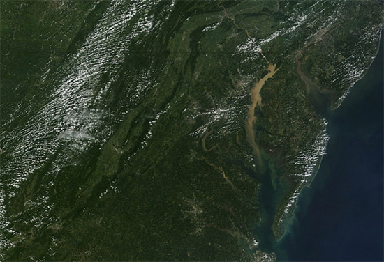Sediment Clouds the Chesapeake Bay. (Jeff Schmaltz / MODIS Land Rapid Response Team, NASA GSFC)