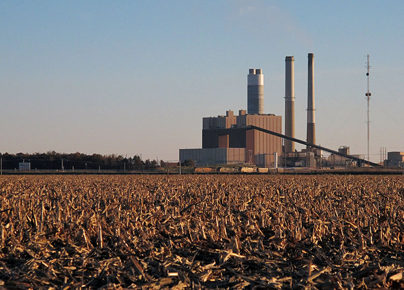 A coal-fired power plant outside of the southern Illinois town of Newton