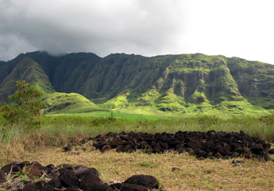 Cultural site in Makua valley. (David Henkin / Earthjustice)