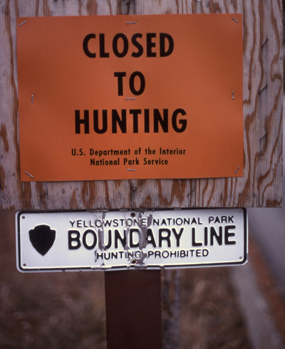 Yellowstone National Park boundary sign. (Jim Peaco / NPS)