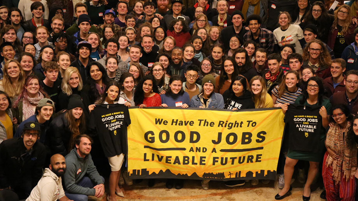 With more than a hundred local chapters across the country, the Sunrise Movement is making climate change an urgent priority.