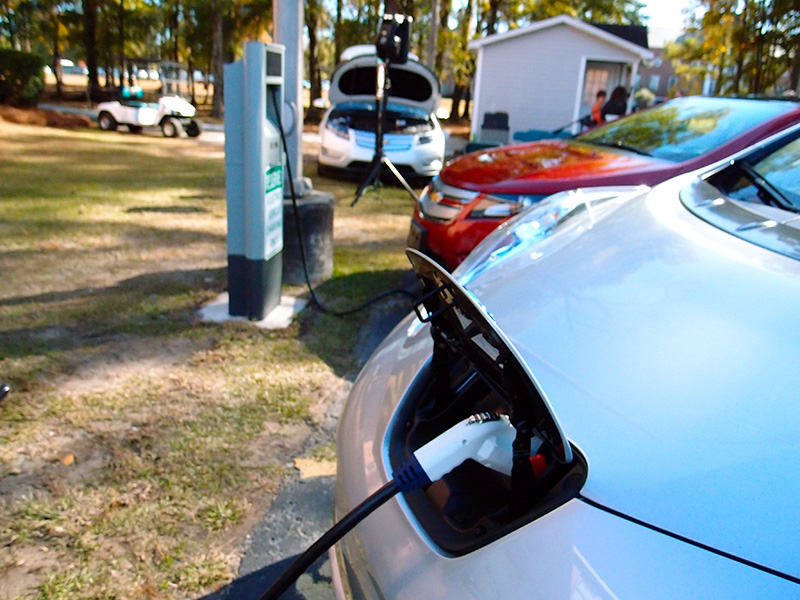 Electric vehicles charging in Crosswinds, S.C.