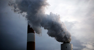 Coal-fired power plant. (Chris Jordan-Bloch / Earthjustice)