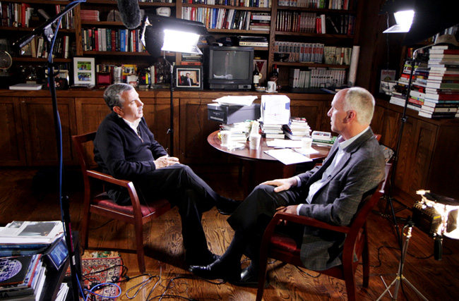 Thomas L. Friedman, speaking with Earthjustice President Trip Van Noppen.