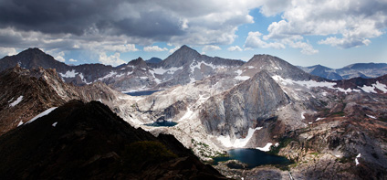 A stunning view from the Great Western Divide. (Chris Jordan-Bloch / Earthjustice)