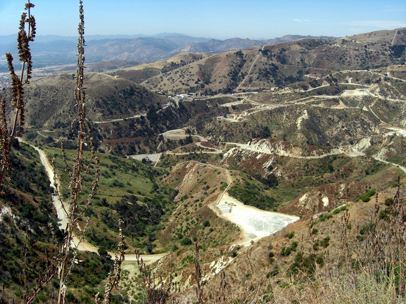 Oil and gas development in Aliso Canyon