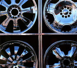 Chrome wheel covers. (cobalt123 / Flickr)