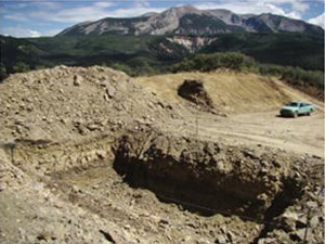 Methane drainage well construction adjacent to the Sunset Roadless Area. (U.S. Forest Service)