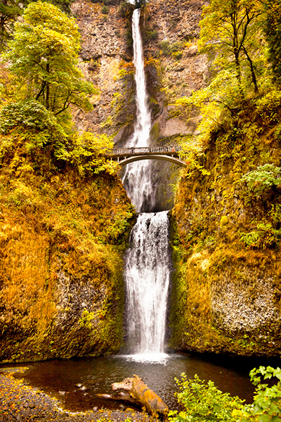 Multnomah Falls Waterfall Autumn, Fall Bridge Columbia River Gorge, Oregon, Pacific Northwest