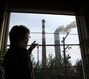 Marti Blake lives near the Cheswick coal-fired power plant in Pennsylvania and has suffered serious health complications.