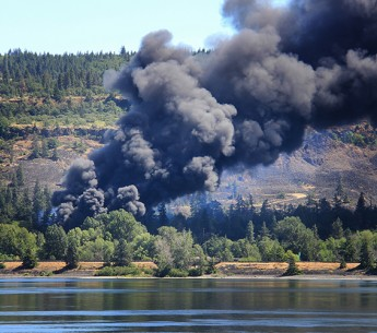 On June 3, 2016, a Union Pacific oil train carrying crude oil to the Port of Tacoma, Washington derailed near the town of Mosier, Oregon along the Columbia River.