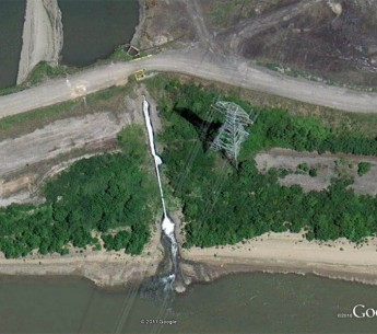 Google Earth satellite images of coal ash wastewater pollution from the Mill Creek Generating Station into the Ohio River.