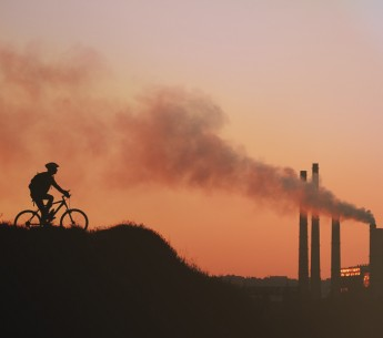 A coalition of green groups and health advocates refutes polluters' discredited arguments against the Clean Air Act.
