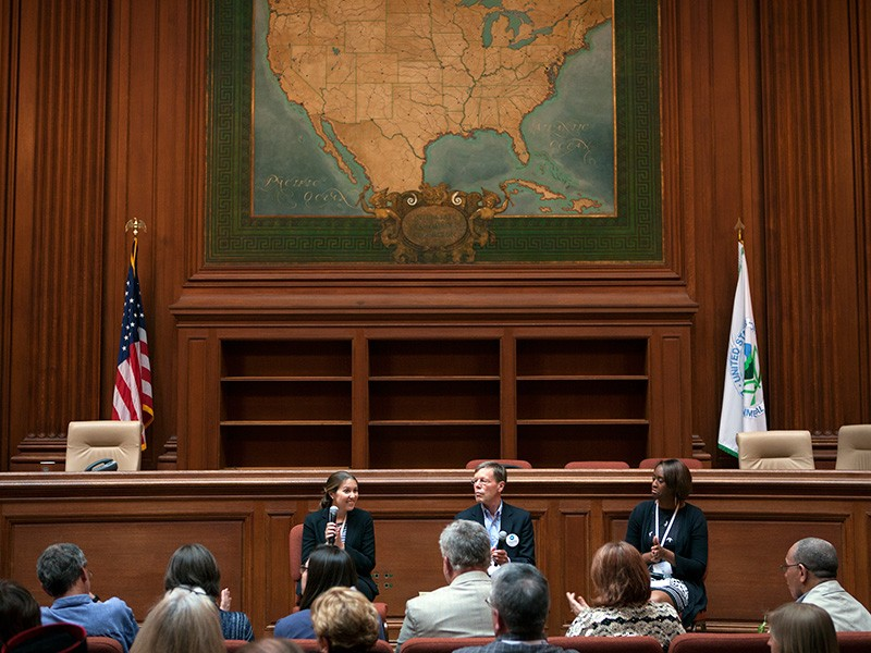 In a May 2013 meeting at the EPA's headquarters, Clean Air Ambassadors shared their concerns for clean air.