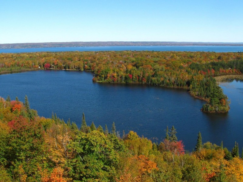 Mission Hill, overlooking Spectacle Lake and Lake Superior.
