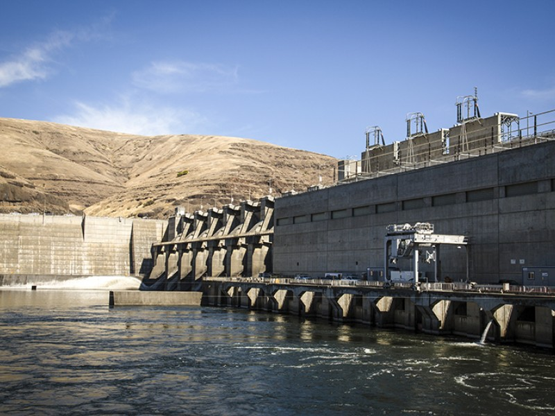 The Lower Granite Dam is one of the four Lower Snake River dams Earthjustice is fighting to remove.