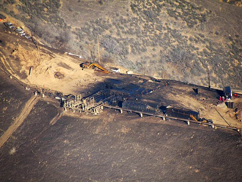 An overhead photo of SoCalGas's leaking Aliso Canyon well pad in 2015, which polluted the Porter Ranch community in Los Angeles County in California's largest climate disaster.