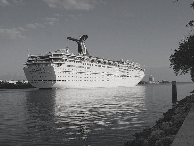 Cleaning Up Sewage Flows from Cruise Ships | Earthjustice