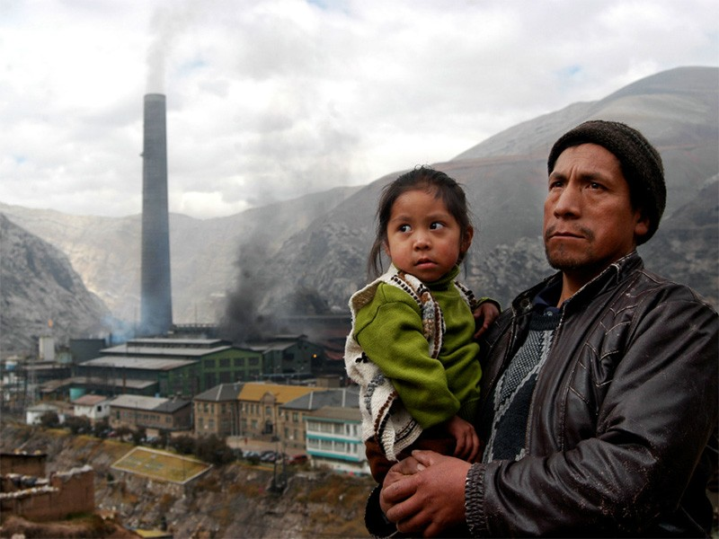 Doe Run Peru's smelter emits such enormous quantities of pollution that many residents suffer from chronic respiratory illnesses and nearly all the children in the city have lead poisoning.