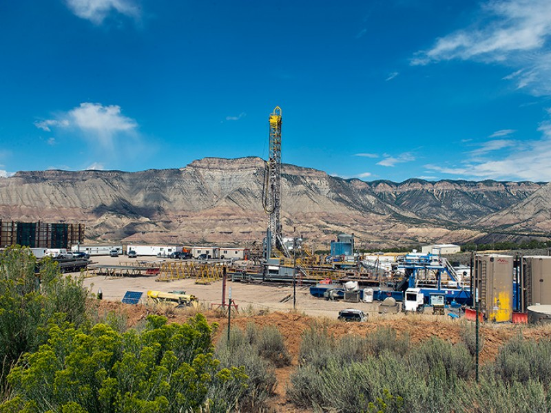 Oil and gas operations near residential areas in Colorado. 80 percent of voters in Western states support cutting methane waste on public lands, according to a 2016 poll by Colorado College's State of the Rockies Project.