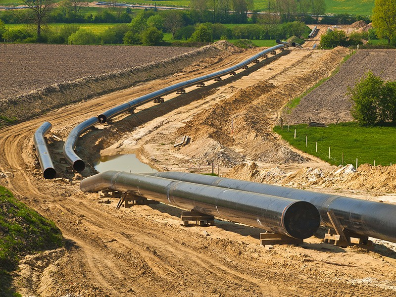 Construction of a pipeline.