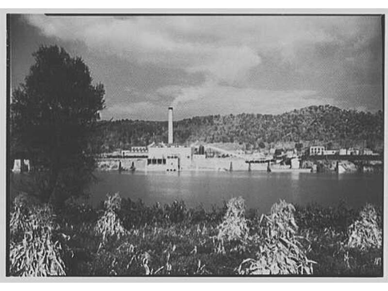 Pittsburgh Plate Glass Chlorine Plant, New Martinsville, West Virginia.