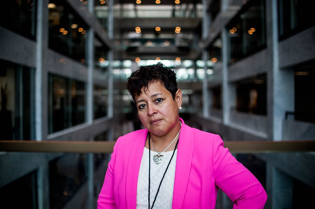 Alina Diaz, vice president of Alianza Nacional de Campesinas, stands in the Hart Senate Office Building, after a long day of meetings.