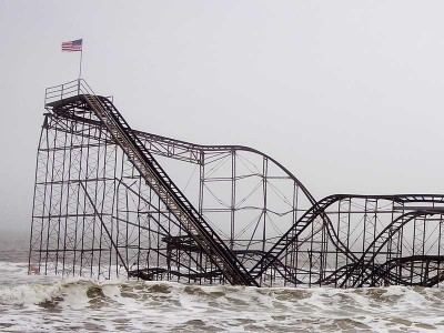 Damage to the New Jersey shoreline from Superstorm Sandy. (Lynnis Jones / Shutterstock)