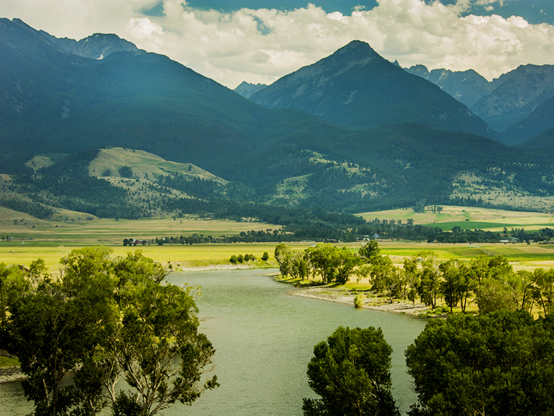 http://earthjustice.org/sites/default/files/yellowstone-river-istock-alacatr.jpg